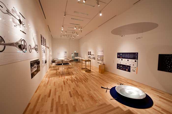 <参考>平成22年度優秀作品展展示風景