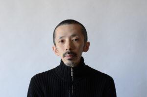 石塚英樹准教授(視覚伝達デザイン学科)