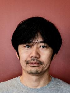 長谷川敦士教授(クリエイティブイノベーション学科)