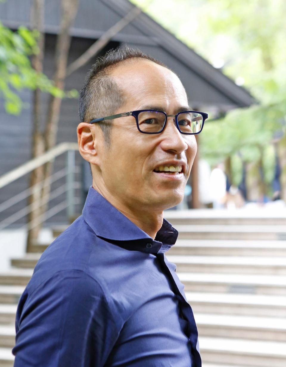 長谷川浩己教授(建築学科)